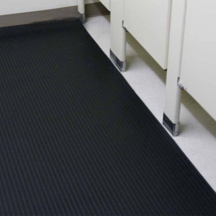 Quot Corrugated Composite Rib Quot Rubber Runner Mats The Rubber