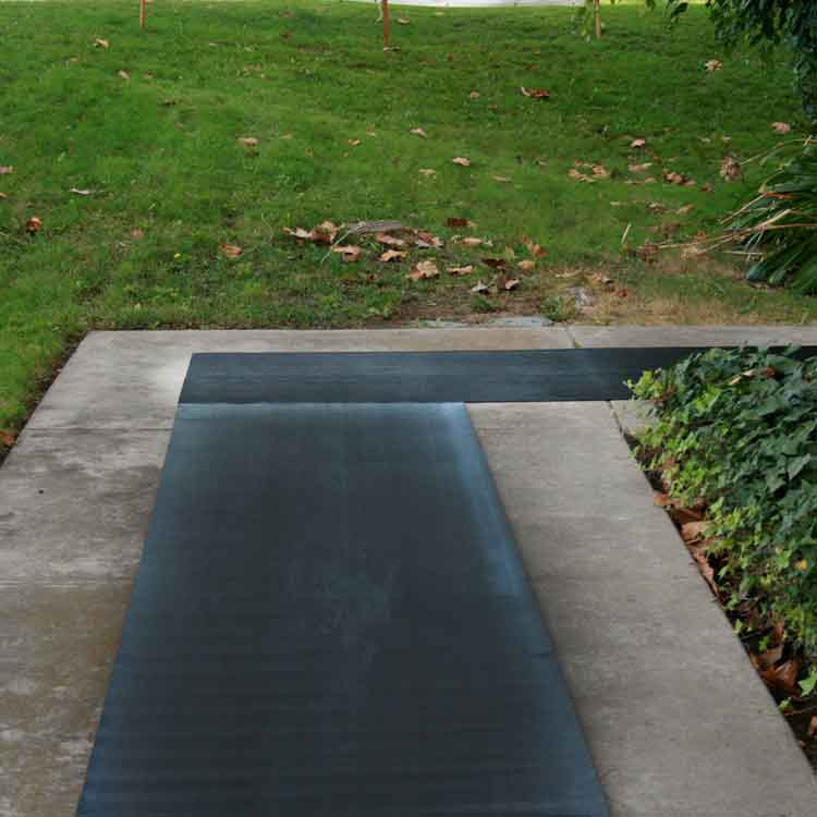 Quot Corrugated Fine Rib Quot Rubber Runner Mats The Rubber